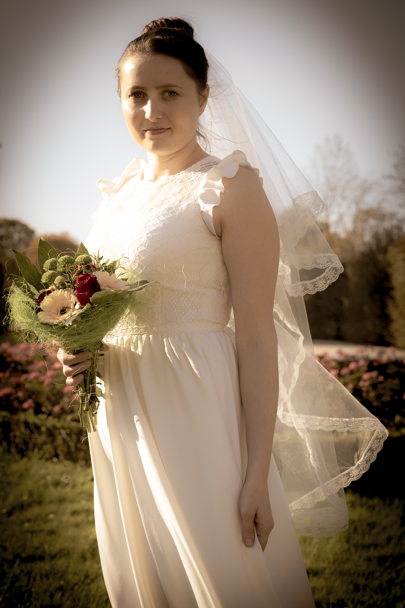 Autumn bride at Schonnbrunn Castle in Vienna