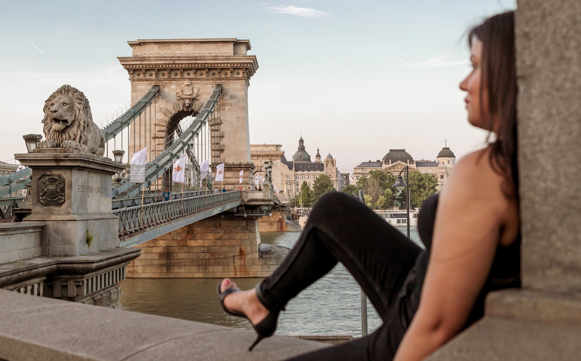 Budapest Photographer Chain Bridge