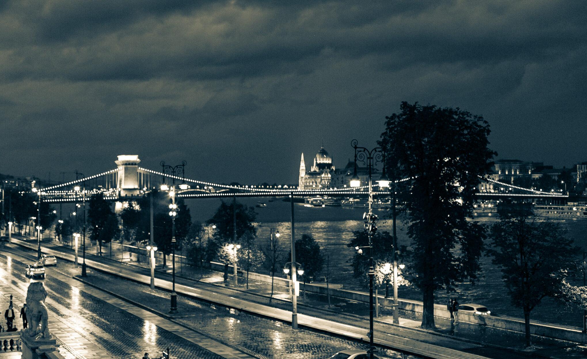 evening lights budapest