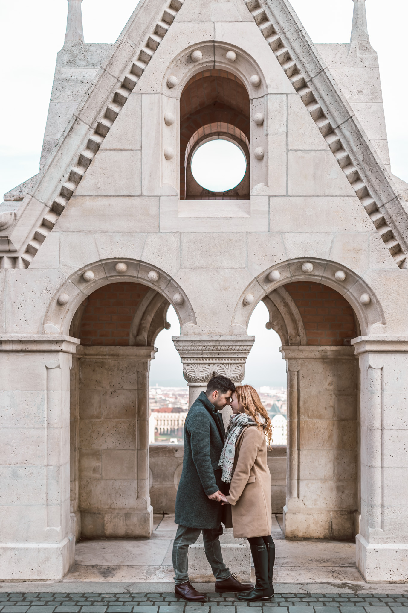 romantic photoshoot buda castle